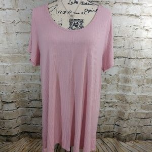 LuLaRoe Blush Pink Shirt size XL